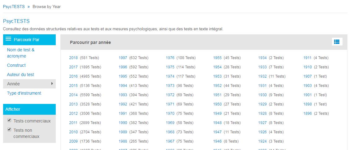 Capture d'écran de la page Parcourir de PsycTESTS montrant l'option Année de la section Parcourir par entourée et l'icône grille sur laquelle il faut cliquer pour basculer entre la liste des années une par une et la liste des périodes