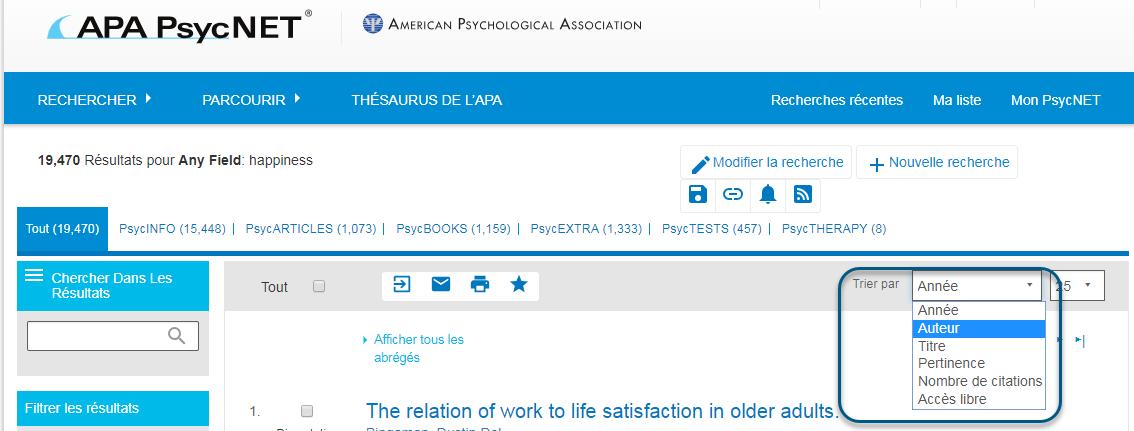 Capture d'écran de la page de résultats de PsycNET montrant le menu déroulant Trier par ouvert et l'option Année sélectionnée