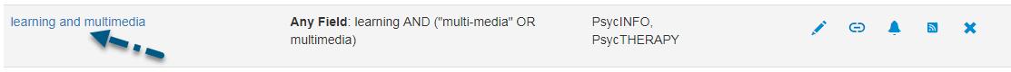 Captura de pantalla de la pantalla de PsycNET Búsquedas guardadas con una flecha apuntando al enlace de nombre de búsqueda